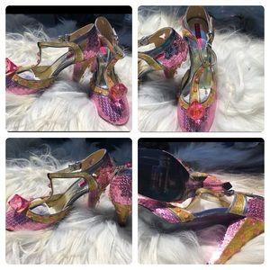 One of kind embellished pink/gold heels.  Glitter
